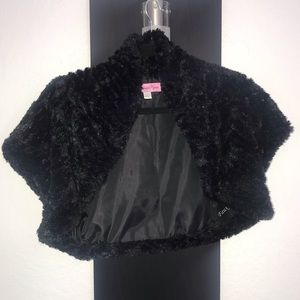 Amanda Ryan Faux-Fur Shrug Black Jacket